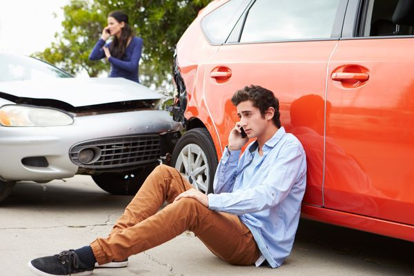 Dealing With a Car Accident Involving Your TeenDealing With a Car Accident Involving Your Teen
